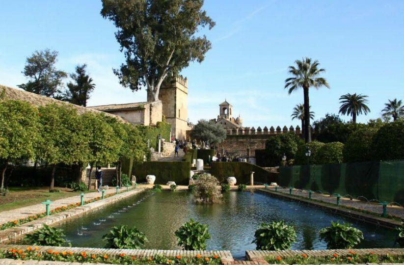 La apasionante historia del Alcázar de los Reyes Cristianos