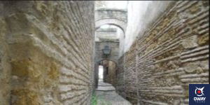 Alley of the Casa de las Cabezas of Cordoba