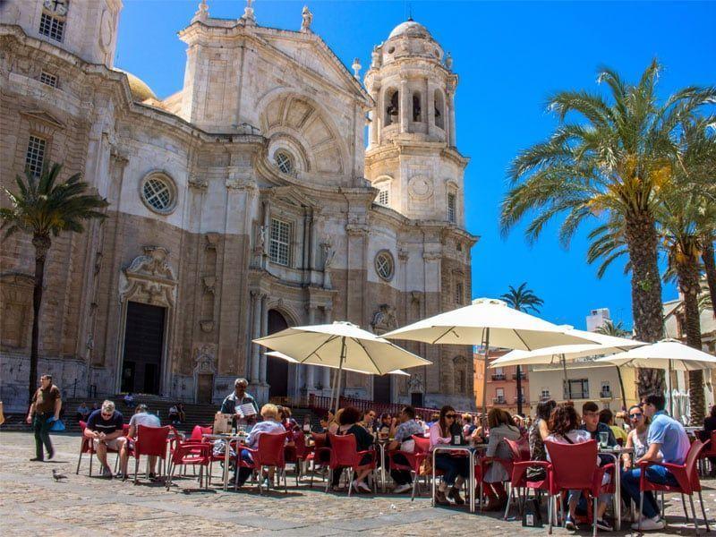Catedral y Teatro Romano