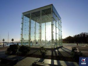 Edificio el Cubo Centre Pompidou Málaga en el día