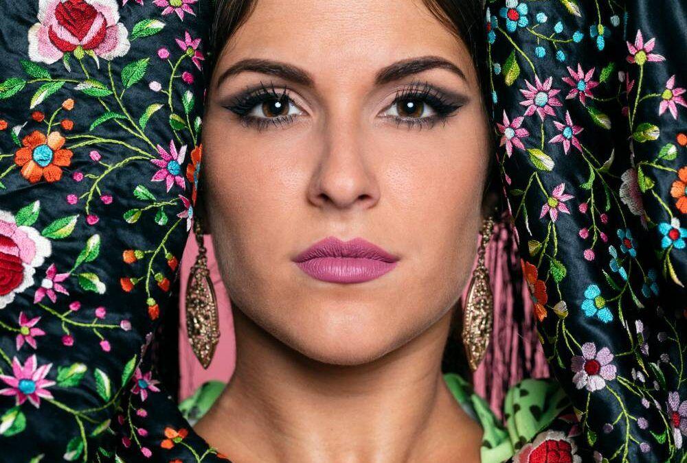 Le défilé de mode flamenco du SIMOF à Séville