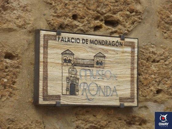 Informacion sobre el palacio de mondragon