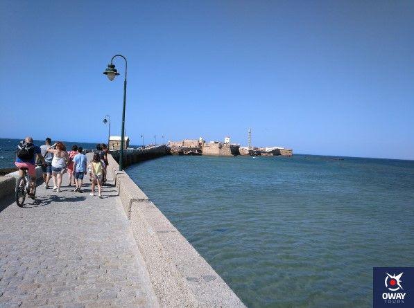 curiosidades sobre el castillo de san sebastian