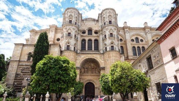 fachada de la catedral de malaga
