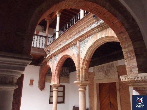 historia del palacio de mondragon