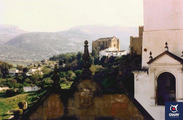 historia sobre la iglesia del espiritu santo