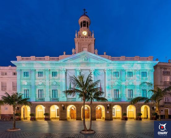 City hall of Cadiz illuminated
