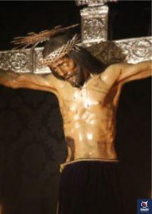 Cristo de san Agustín en su altar en Granada