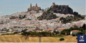 Vista panorámica del pueblo de Olvera en Cádiz