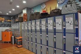 Detalle del interior de la habitación donde se guarda el equipaje en la estación de autobuses de Córdoba