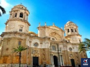 Fachada de la famosa Catedral de Cádiz