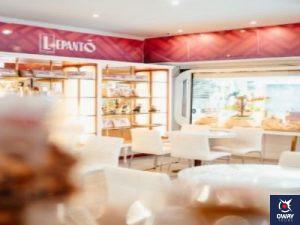 Interior de la cafetería Lepanto en Málaga