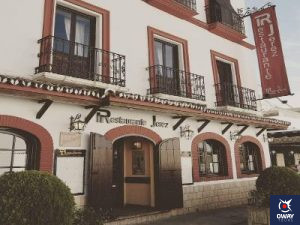 Façade du célèbre Restaurant Jerez à Ronda