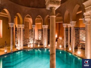 hot water bath with columns