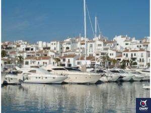 mercadillo artesanal del Puerto Deportivo de Marbella