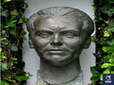 estatua de Garcia Lorca en Granada