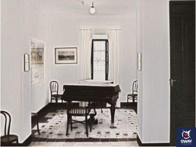 sala del piano en la casa museo de Lorca