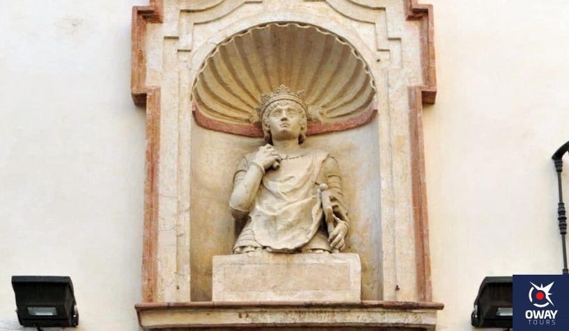 estatua cabeza del rey don pedro (Sevilla)
