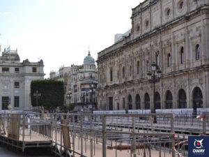 vistas sobre el ayuntamiento en la plaza de san francisco (Sevilla)