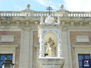 emplete del triunfo plaza del triunfo sevilla