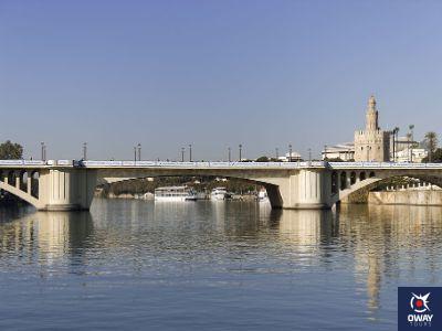 Le pont de San Telmo à Séville aujourd'hui