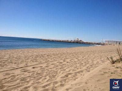 Paysage de l'une des meilleures plages pour le surf à Malaga