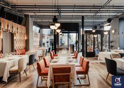 Le restaurant Recoveco, spacieux, accueillant et chaleureux pour une expérience sensorielle dynamique.